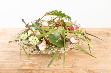 Gevlochten arrangement met Anthuriums